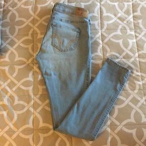 Size 3R Hollister Light Wash Jeans